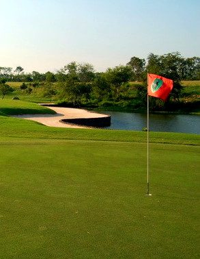 Burapha-Golf-Club-Golf & Strand in Hua Hin und Pattaya